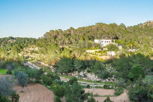 villa Ibiza outside views